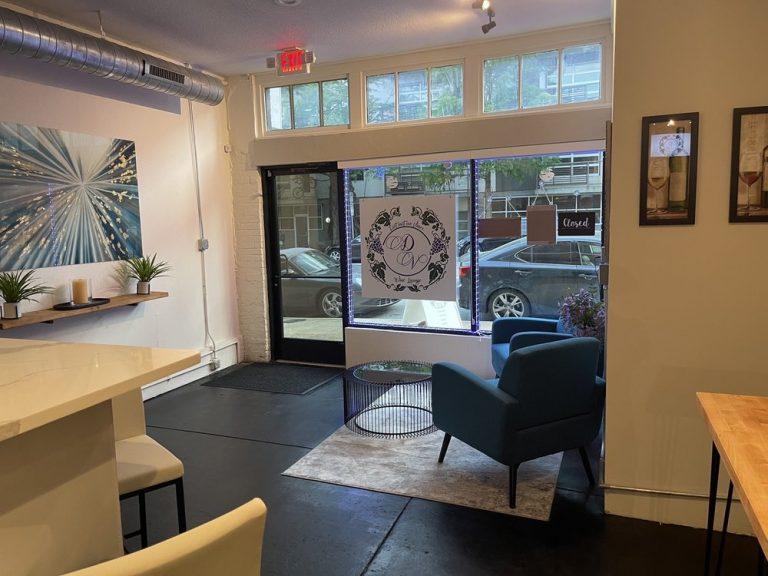 Distinctive Vines Wine Lounge Dallas3 768x576